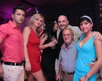 Divertimento assicurato con belle ragazze a Timisoara per il compleanno del dottor Mario