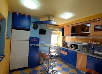 Appartamento 1 da affittare Timisoara, cucina accesoriata