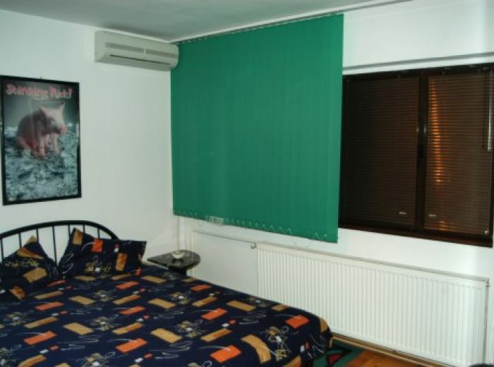 Holiday apartment rentals Timisoara, bedrooms with new mattresses, linens and towels high quality (D1)