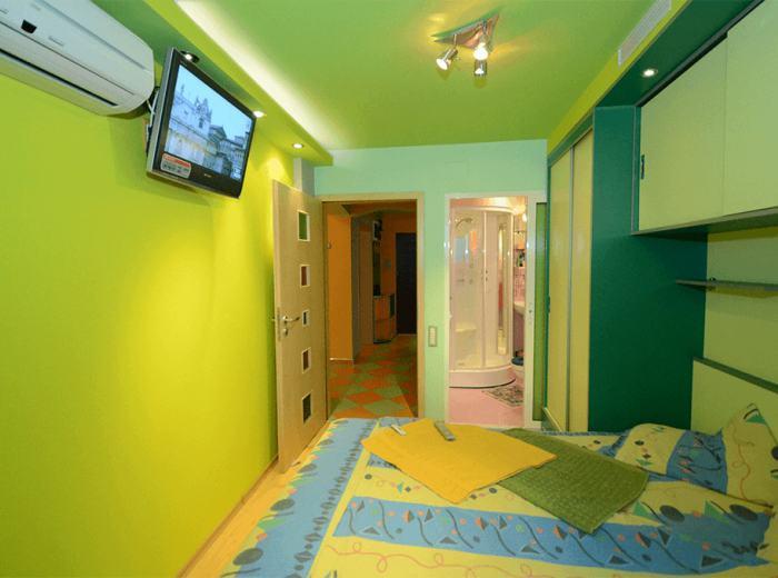 3 chambres doubles à louer pour court terme Timisoara