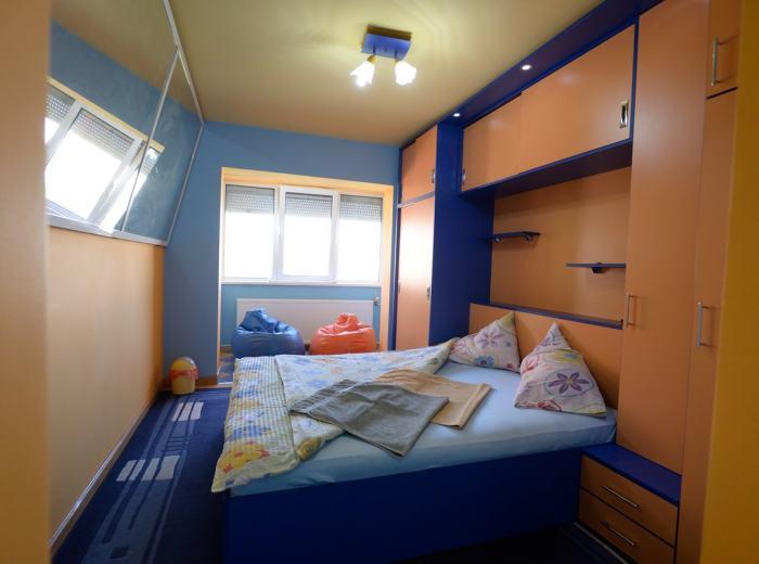Flat 1 short term rentals Timisoara, the second bedroom D2