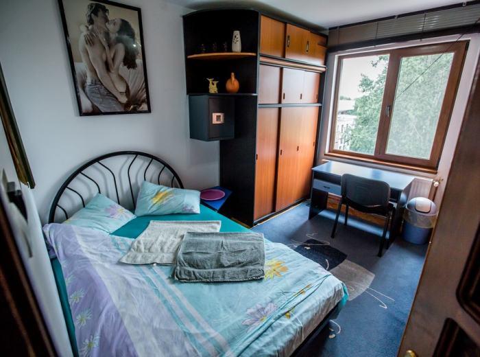 Studio flat 3 for rent Timisoara, living room modern furnished