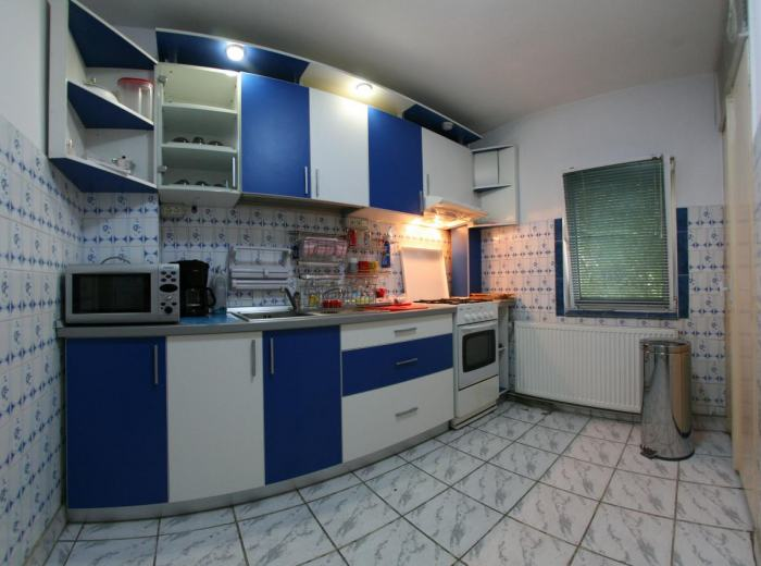 Vacation apartment 3 bedrooms Timisoara with kitchen