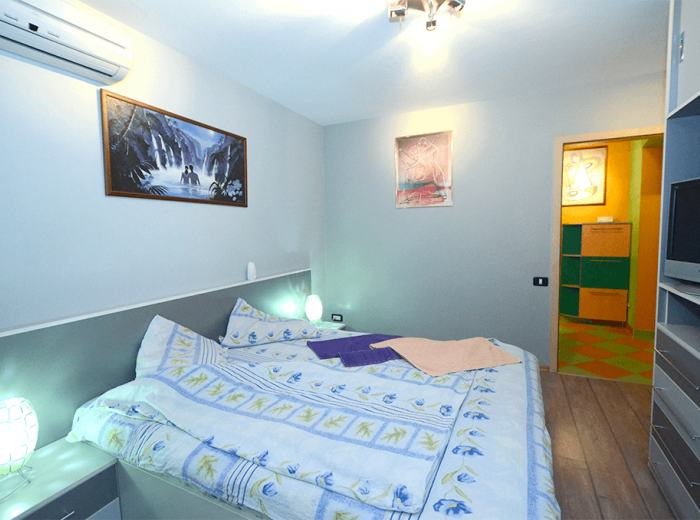 Short term rental 3 bedrooms apart in Timisoara, new mattresses, linens and towels high quality